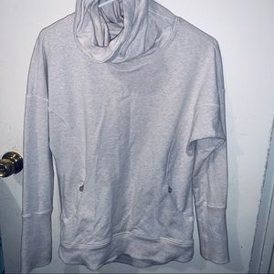 Lululemon White Grey Turtle sweatshirt